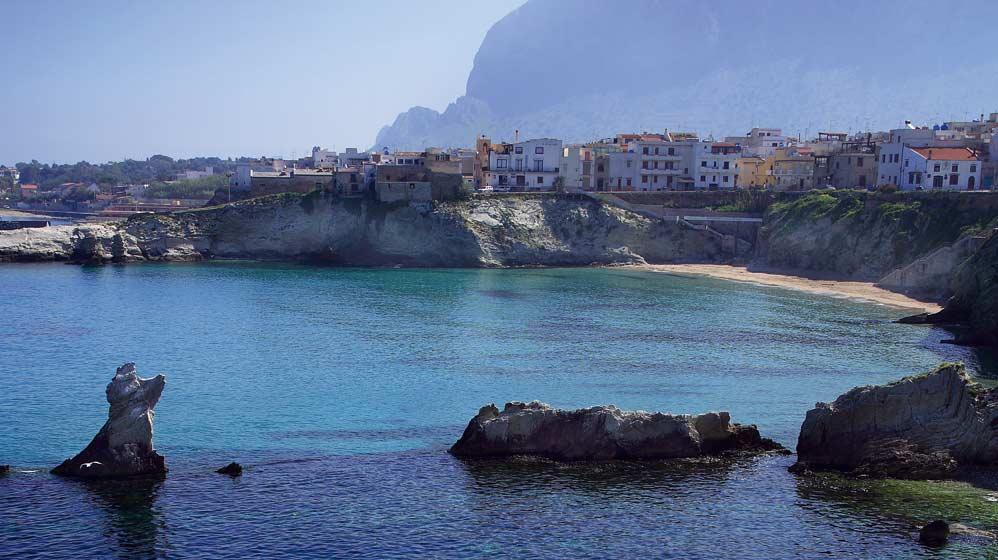 Terrasini: tra mare, monumenti e buona cucina