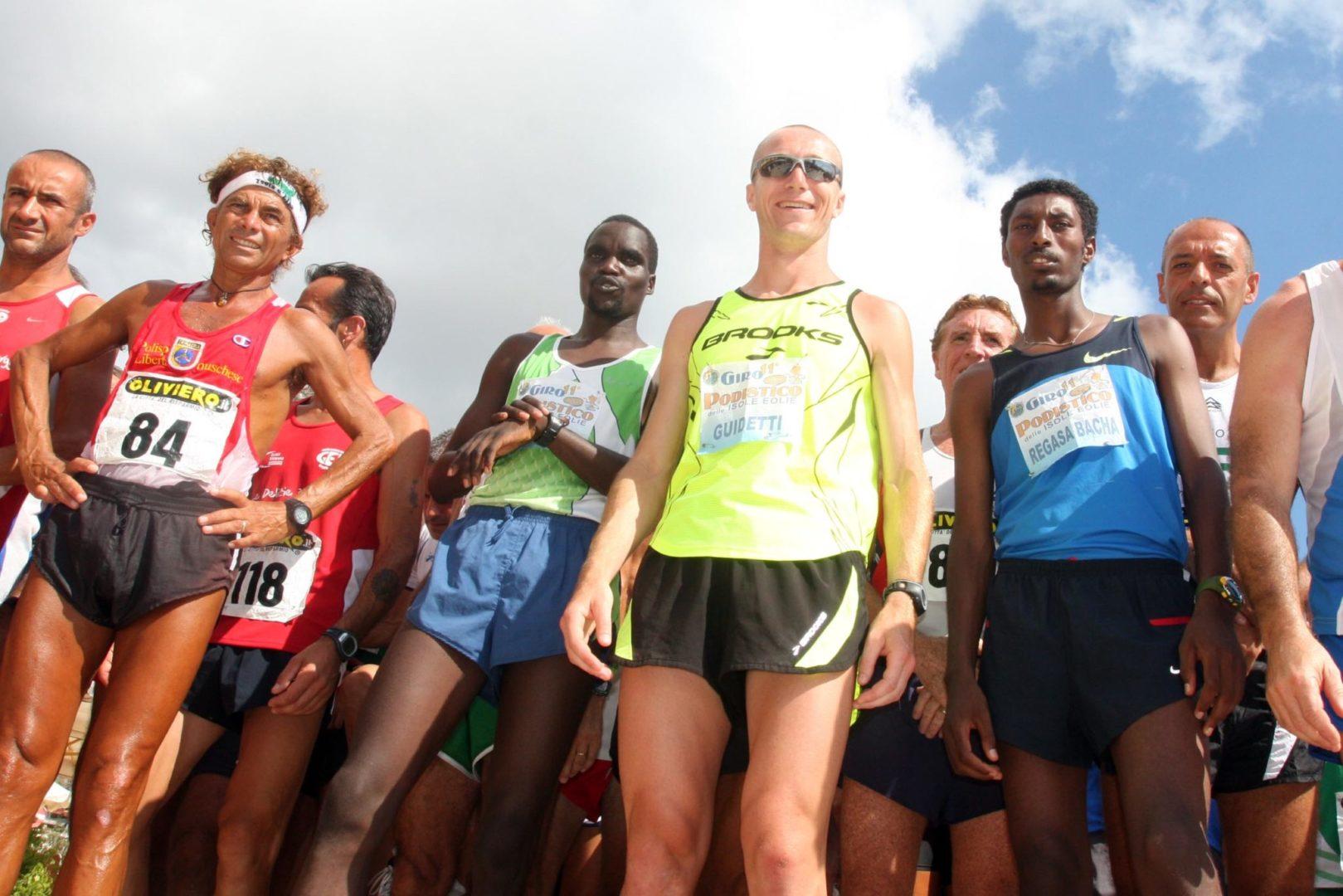 """Duello africano per la vittoria del """"Giro Podistico dell'Isole Eolie"""""""