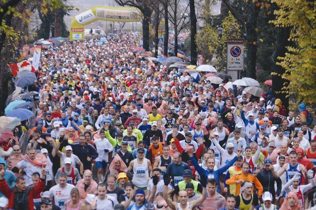 Spettacolo assicurato alla XXVIII Maratona di Firenze