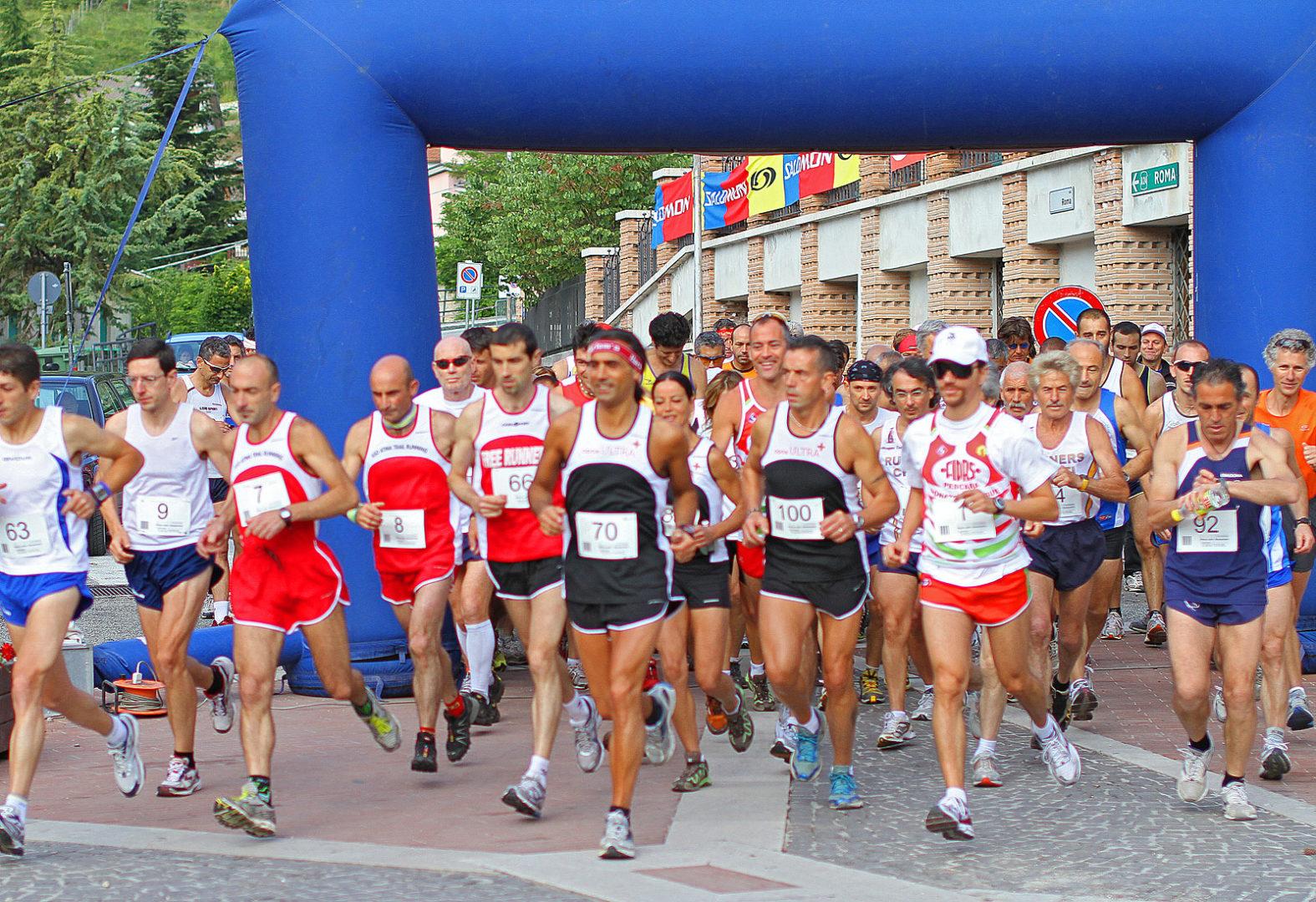 """La """"Maratonina Blu Jonio"""" debutta con 600 atleti"""