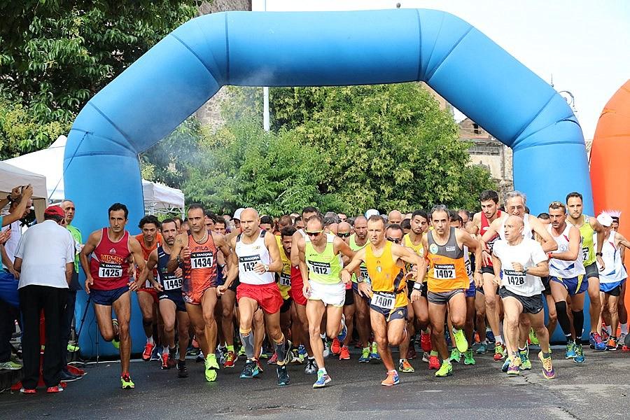 Corri Adrano Five Edition: circa 300 atleti al via