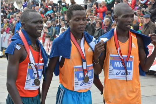 Trionfo keniano alla Turin Marathon. De Caro primo siciliano