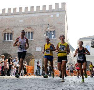 Passaggio_in_Piazza_dei_Signori_b