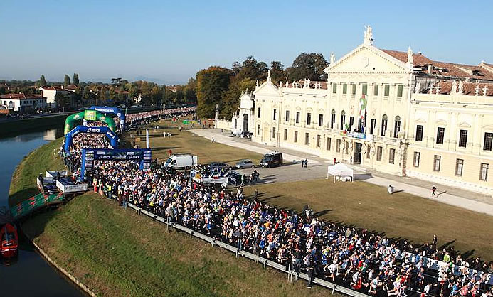 "Dominio africano alla trentesima ""Venicemarathon"""