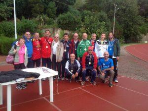 Atleti gara 10000 con il presidente Fidal Messina Andrea D'Andrea