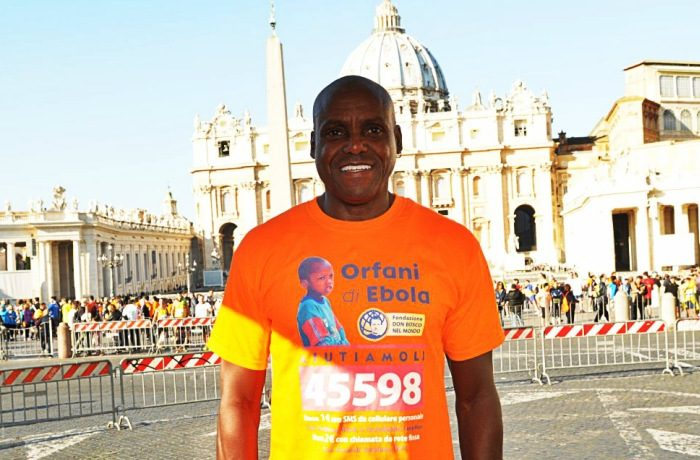 Carl Lewis, 100 metri alla Corsa dei Santi