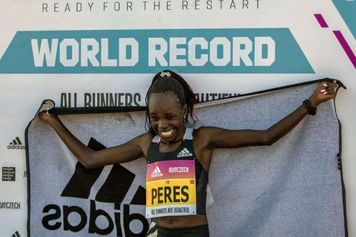 Oro e record per Peres Jepchirchir ai Mondiali di mezza maratona
